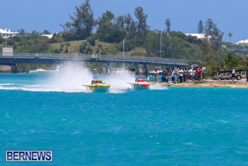 Powerboat-Racing-Bermuda-June-28-2015-54