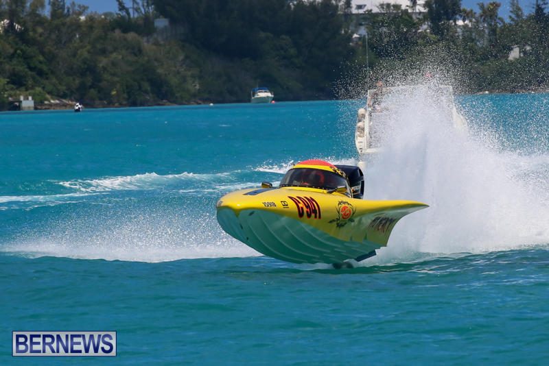 Powerboat-Racing-Bermuda-June-28-2015-57