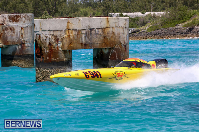 Powerboat-Racing-Bermuda-June-28-2015-58