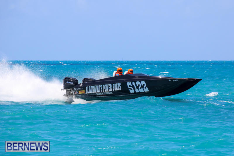 Powerboat-Racing-Bermuda-June-28-2015-62