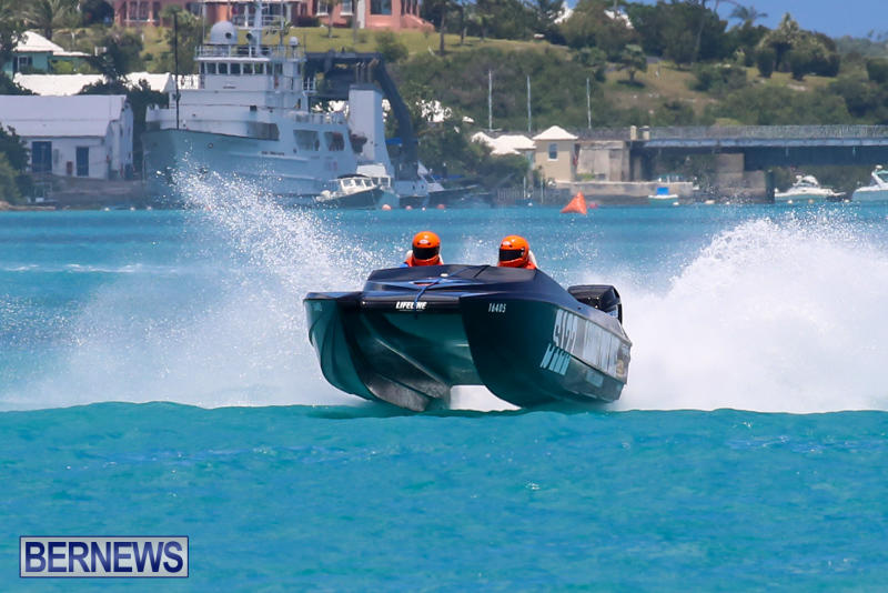 Powerboat-Racing-Bermuda-June-28-2015-66