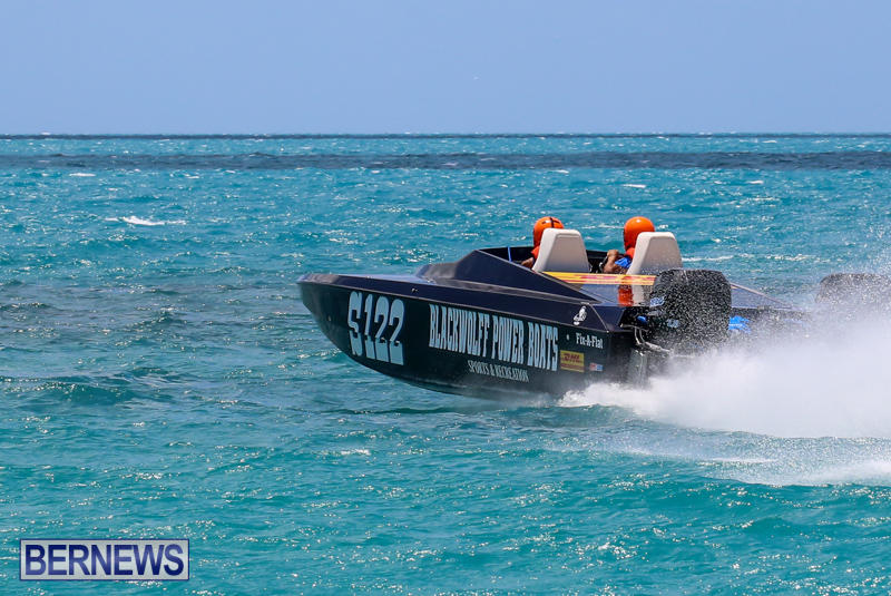 Powerboat-Racing-Bermuda-June-28-2015-69