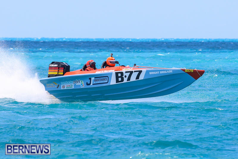 Powerboat-Racing-Bermuda-June-28-2015-73