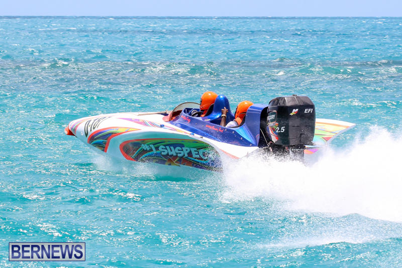 Powerboat-Racing-Bermuda-June-28-2015-76