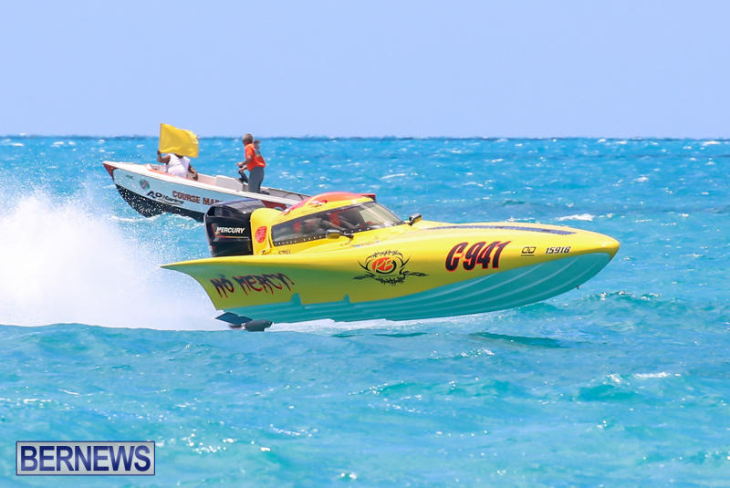 Powerboat-Racing-Bermuda-June-28-2015-79