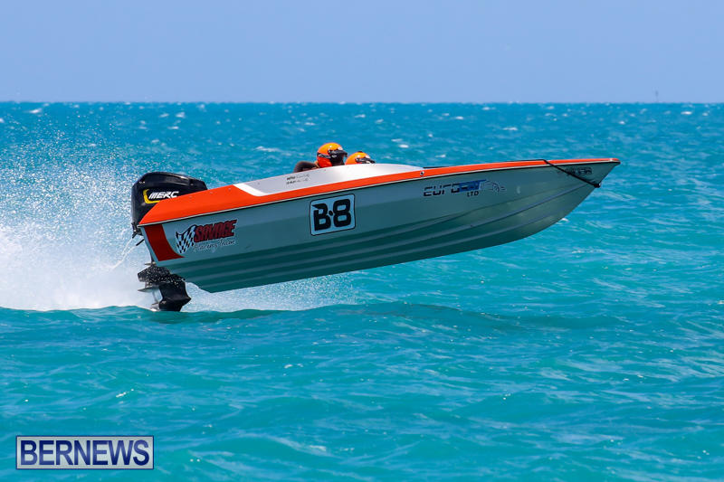 Powerboat-Racing-Bermuda-June-28-2015-8