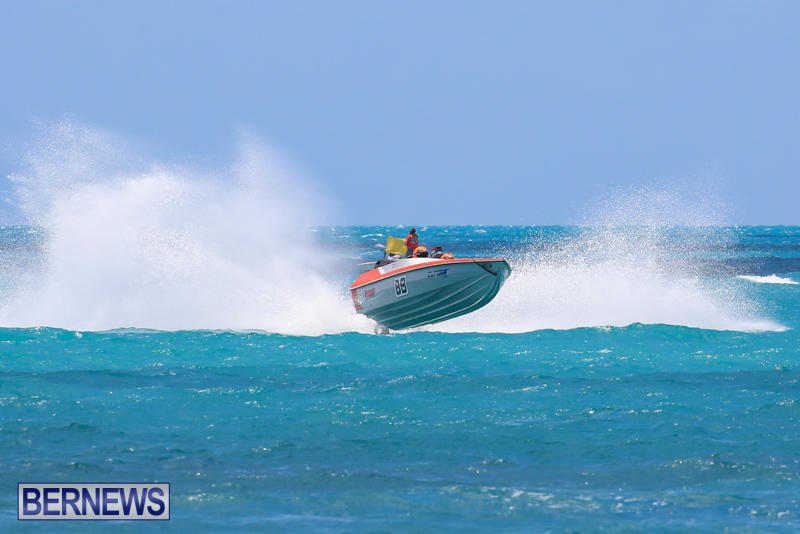 Powerboat-Racing-Bermuda-June-28-2015-80