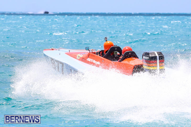 Powerboat-Racing-Bermuda-June-28-2015-83