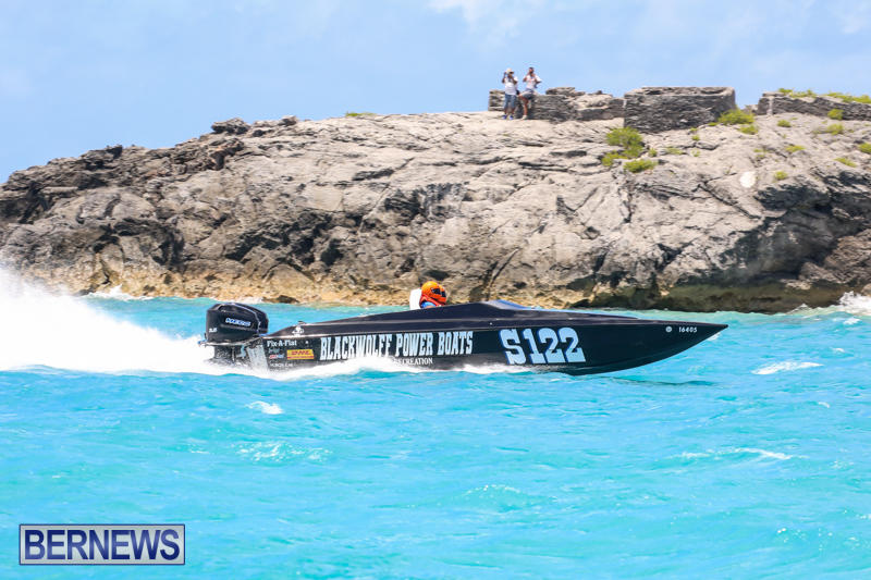 Powerboat-Racing-Bermuda-June-28-2015-93