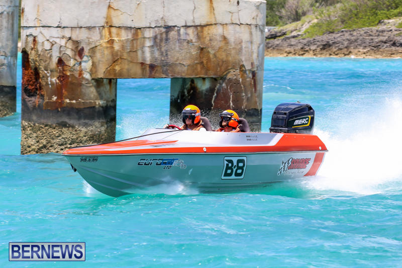 Powerboat-Racing-Bermuda-June-28-2015-95