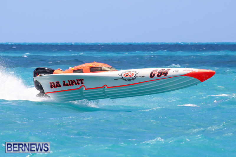 Powerboat-Racing-Bermuda-June-28-2015-97