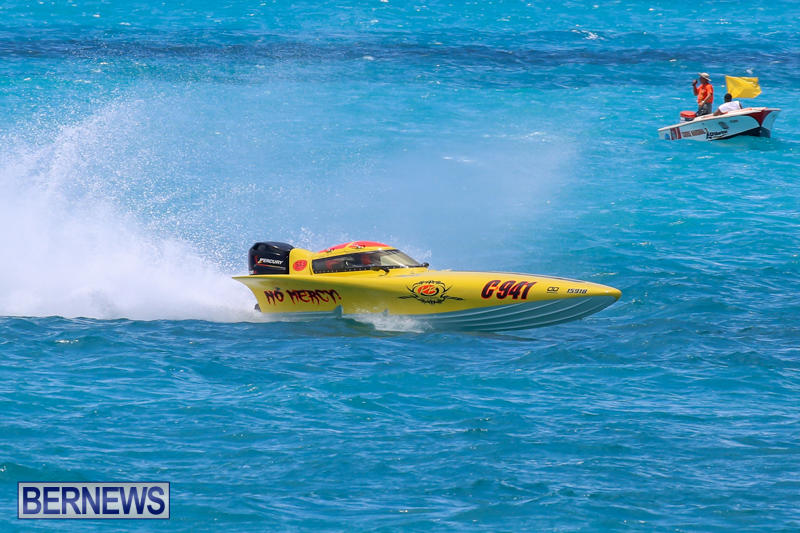 Powerboat-Racing-Bermuda-June-28-2015-99