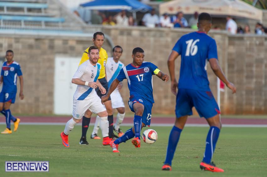 jm-bermuda-guatamala-football-17
