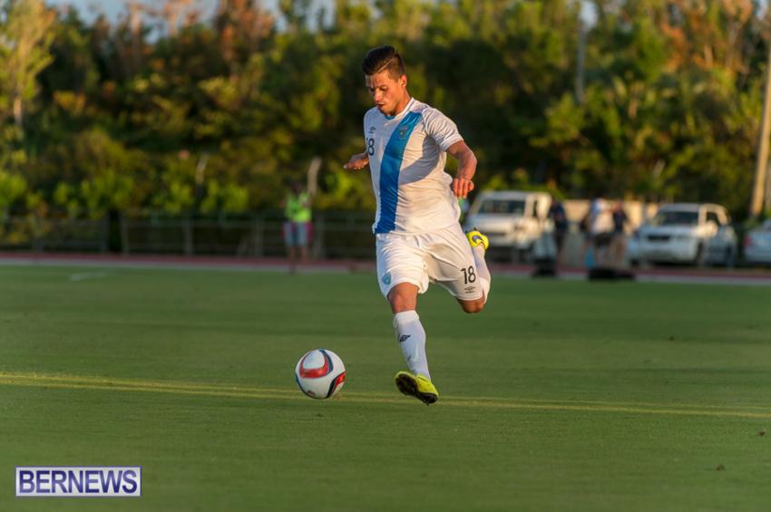 jm-bermuda-guatamala-football-28