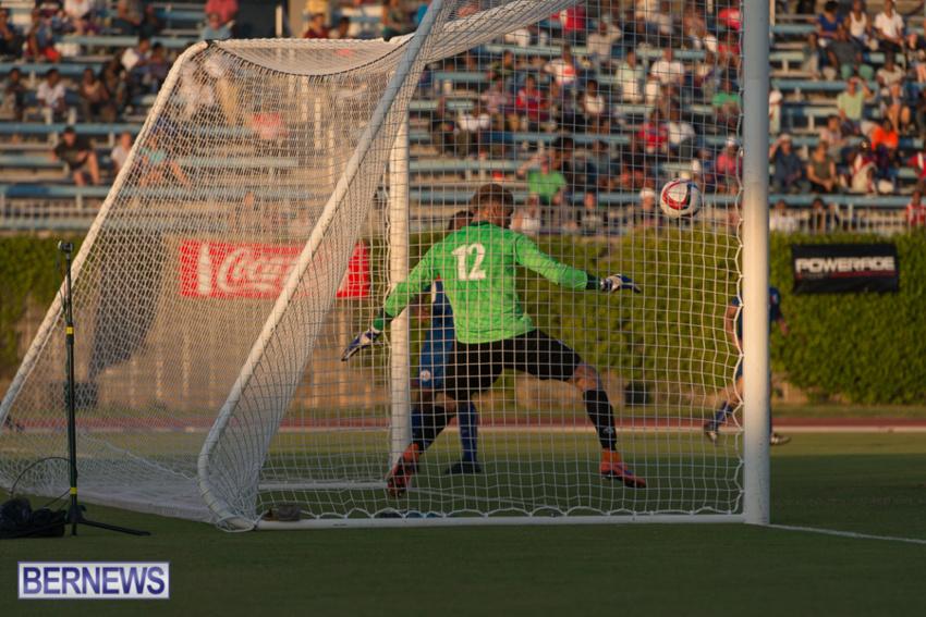 jm-bermuda-guatamala-football-74