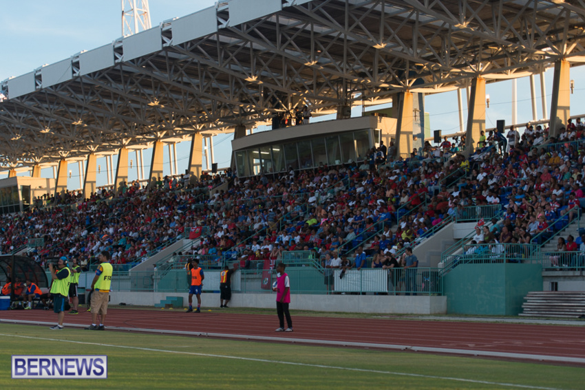 jm-bermuda-guatamala-football-76