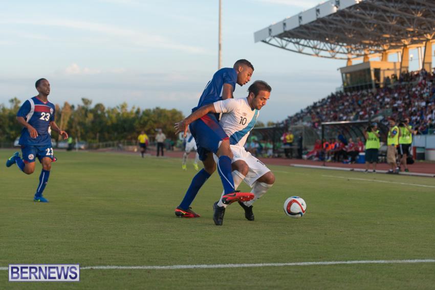 jm-bermuda-guatamala-football-78