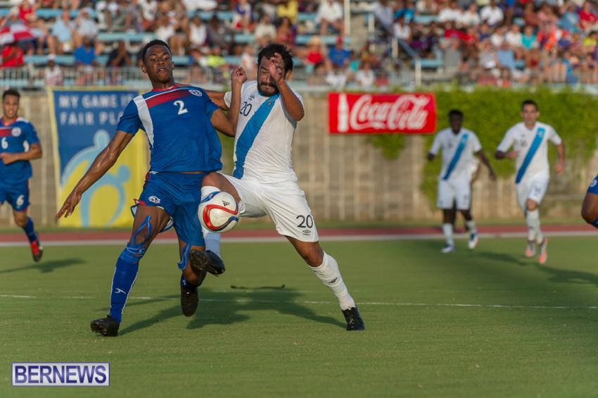 jm-bermuda-guatamala-football-8