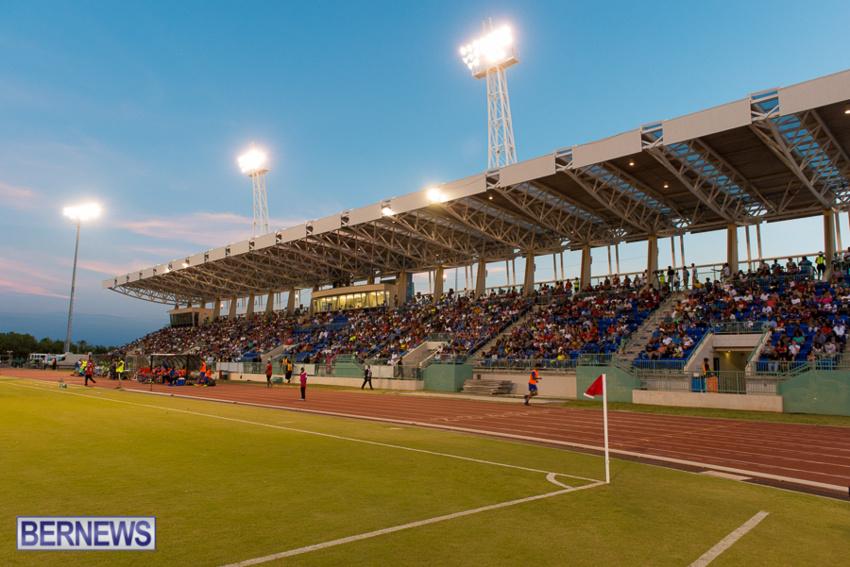 jm-bermuda-guatamala-football-80