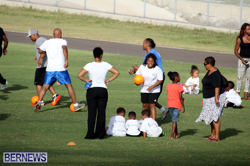 140-Youth-Footballers-Attend-Soccer-Clinic-July-9-2015-11
