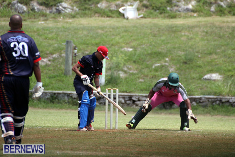 Cricket-Premier-First-Division-July-1-2015-18