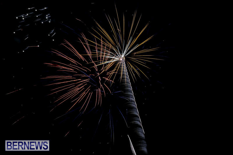 Fireworks-Mid-Ocean-Club-Bermuda-July-4-2015-1