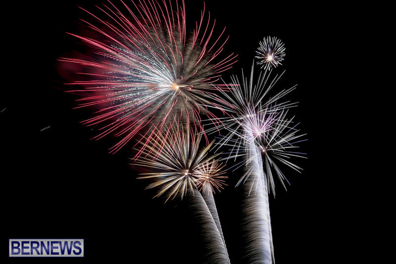 Fireworks-Mid-Ocean-Club-Bermuda-July-4-2015-10