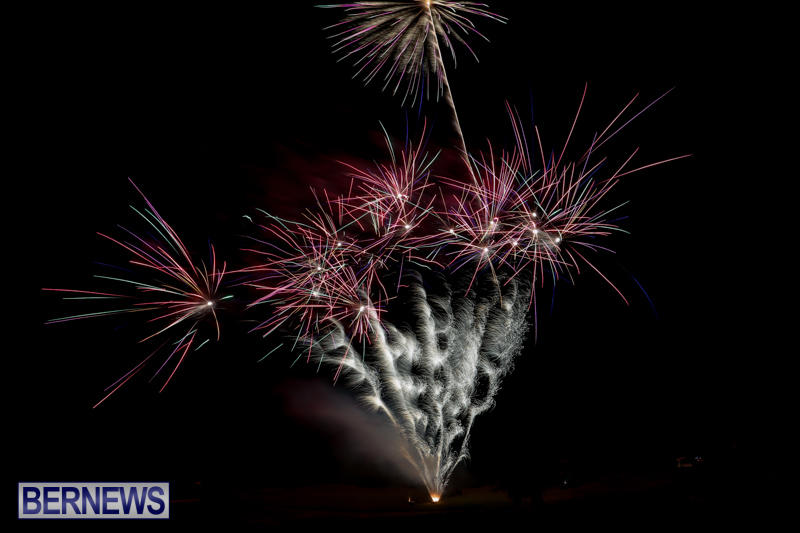Fireworks-Mid-Ocean-Club-Bermuda-July-4-2015-22