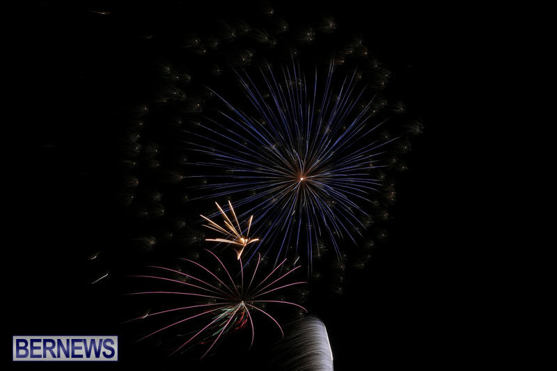 Fireworks-Mid-Ocean-Club-Bermuda-July-4-2015-3