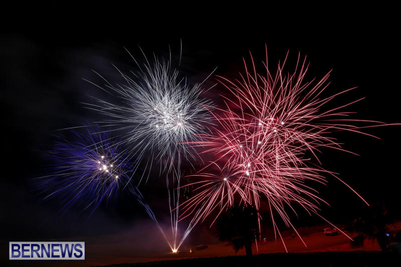 Fireworks-Mid-Ocean-Club-Bermuda-July-4-2015-6