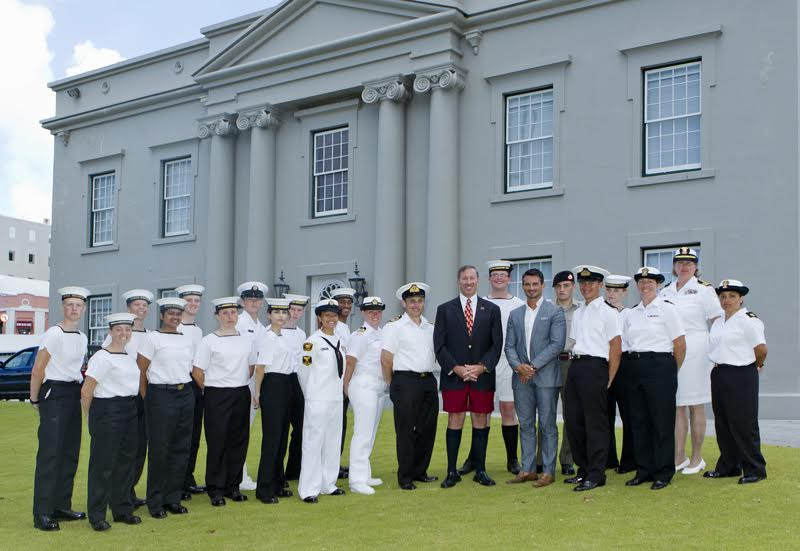 Premier Dunkley welcomed Bermuda's Sea Cadets (4)