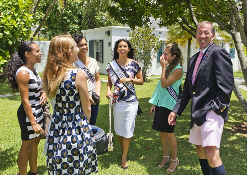 Premier welcomes Miss Bermuda and contestants (3)