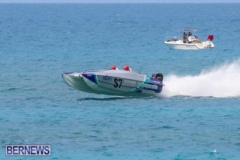 Around-The-Island-Powerboat-Race-Bermuda-August-9-2015-115