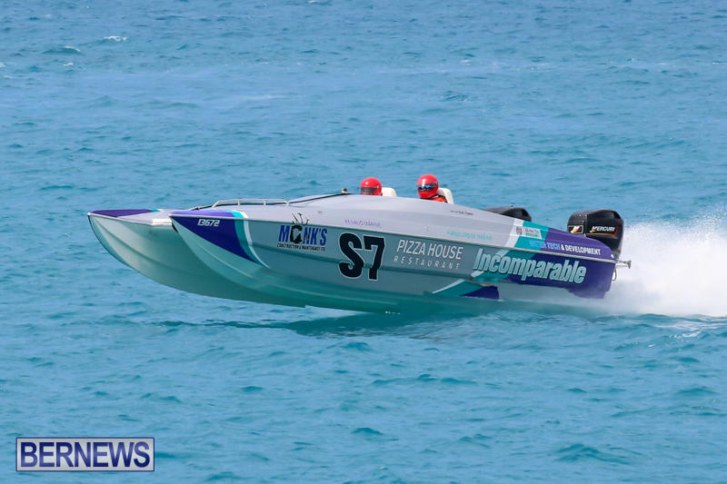 Around-The-Island-Powerboat-Race-Bermuda-August-9-2015-116