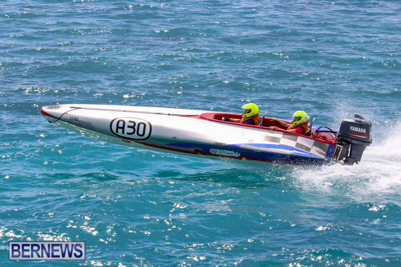 Around-The-Island-Powerboat-Race-Bermuda-August-9-2015-124