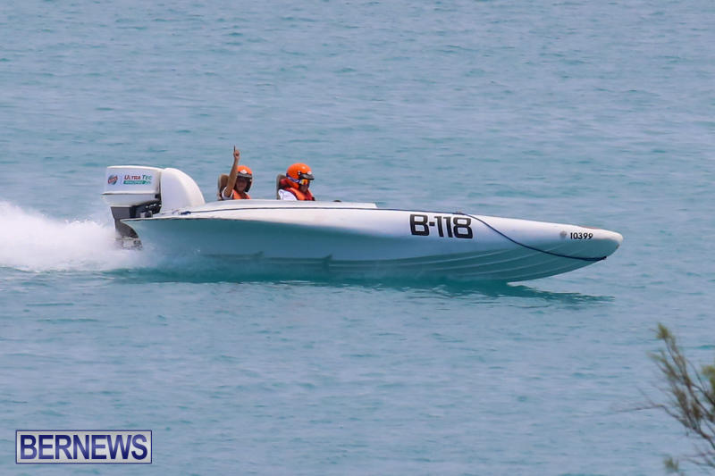 Around-The-Island-Powerboat-Race-Bermuda-August-9-2015-44