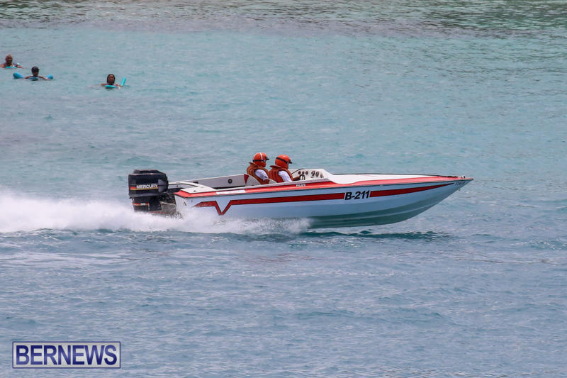 Around-The-Island-Powerboat-Race-Bermuda-August-9-2015-56