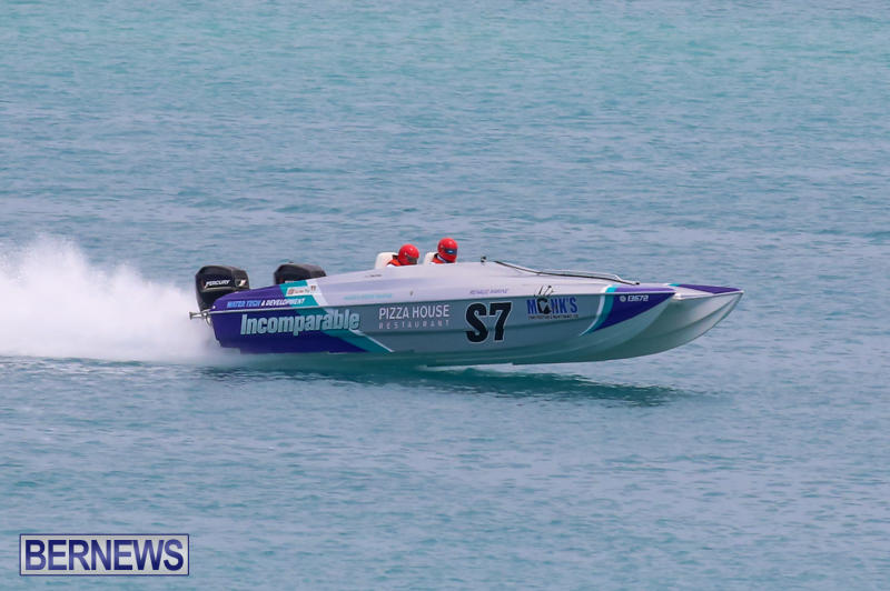 Around-The-Island-Powerboat-Race-Bermuda-August-9-2015-78