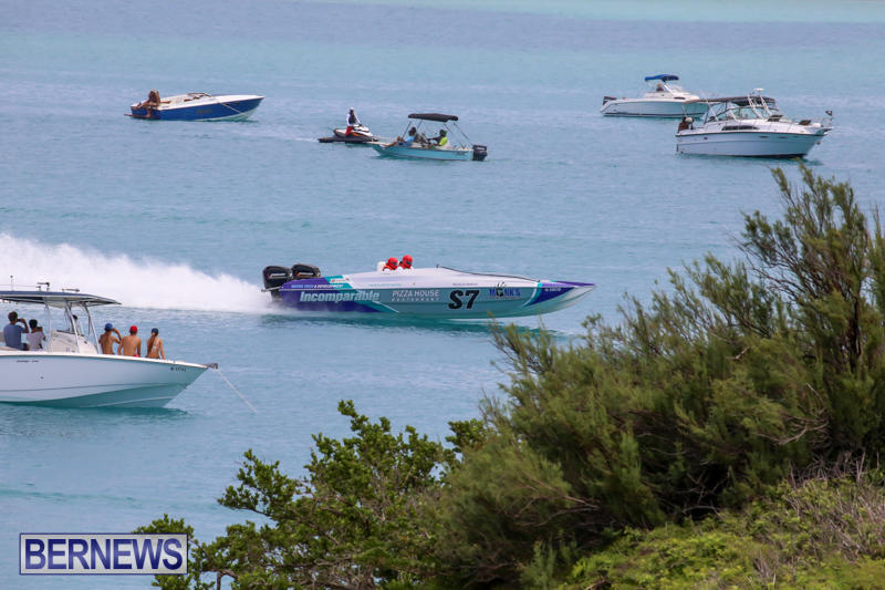 Around-The-Island-Powerboat-Race-Bermuda-August-9-2015-80