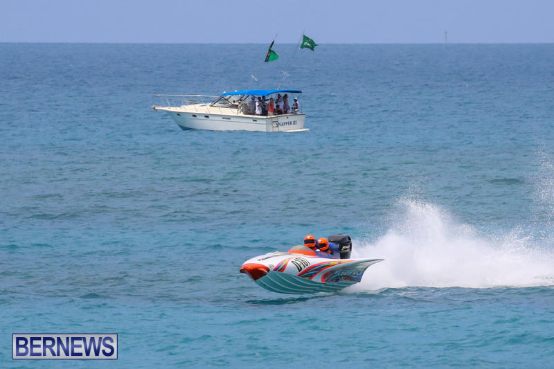 Around-The-Island-Powerboat-Race-Bermuda-August-9-2015-99