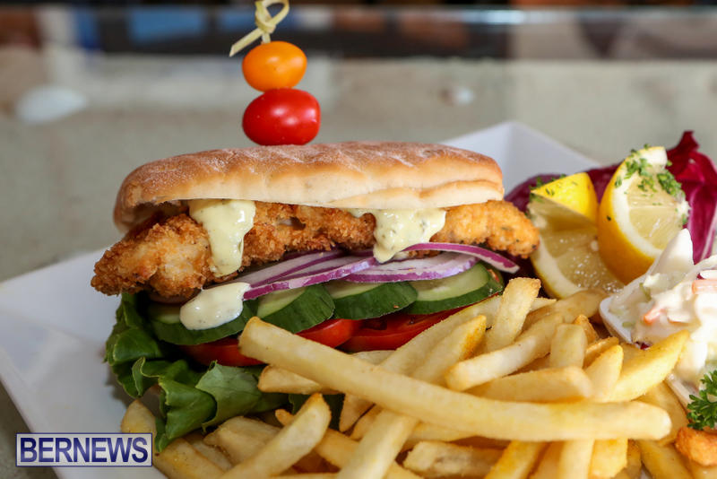 Best-Fish-Sandwich-Bonefish-Bar-Grill-Bermuda-August-2015-4