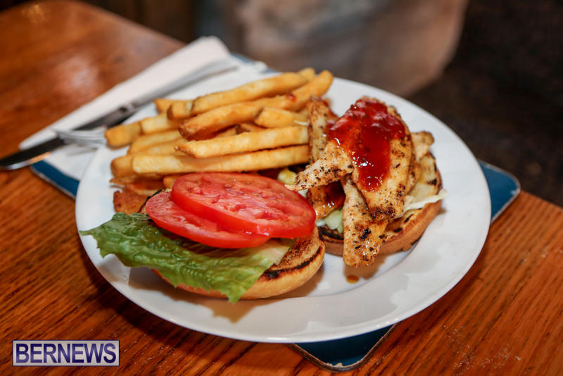 Best-Fish-Sandwich-Frog-Onion-Pub-Bermuda-August-2015-3
