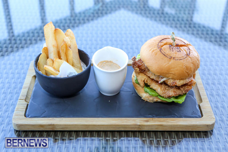 Best-Fish-Sandwich-The-Newport-a-Gastropub-Bermuda-August-2015-3