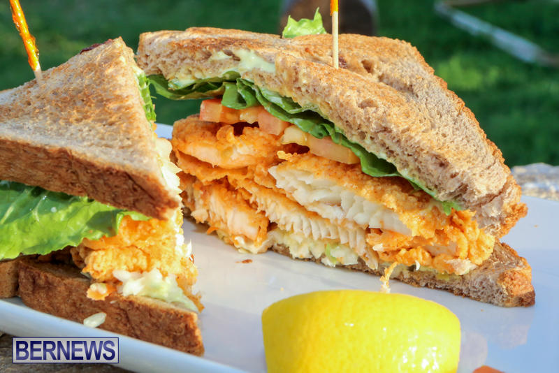 Best-Fish-Sandwich-Woodys-Restaurant-Bermuda-August-2015-5