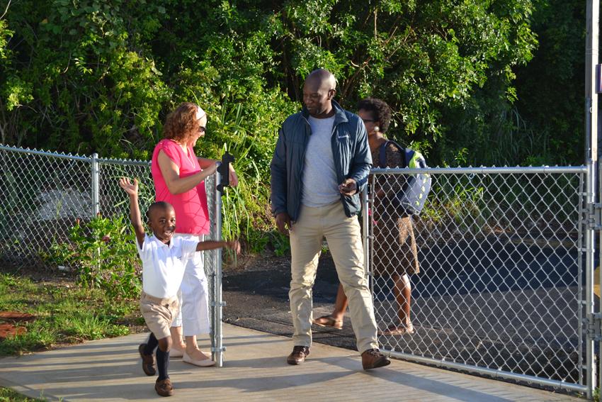 Bermuda-Back-to-school-2015-124