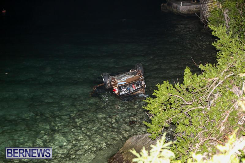Car Overturned Overboard Bermuda, September 7 2015-1