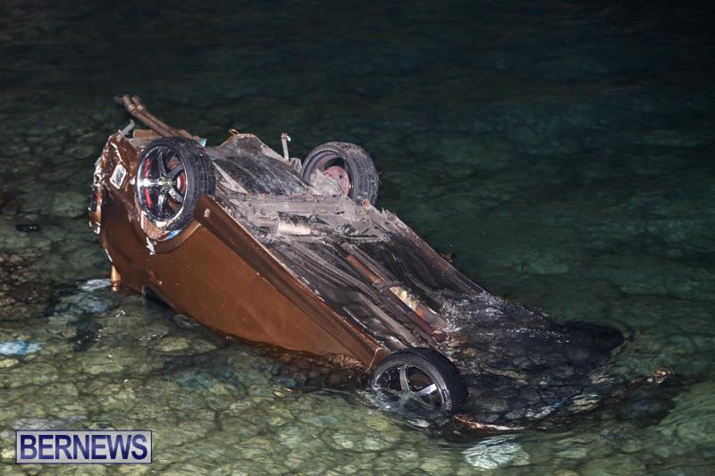 Car Overturned Overboard Bermuda, September 7 2015-3