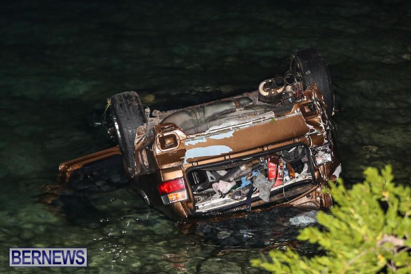 Car Overturned Overboard Bermuda, September 7 2015-4