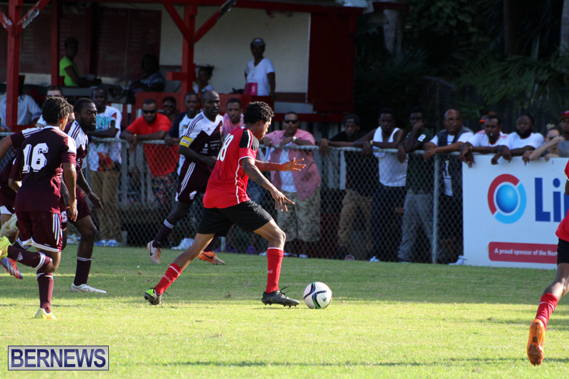 Dudley-Eve-football-Bermuda-September-2015-16