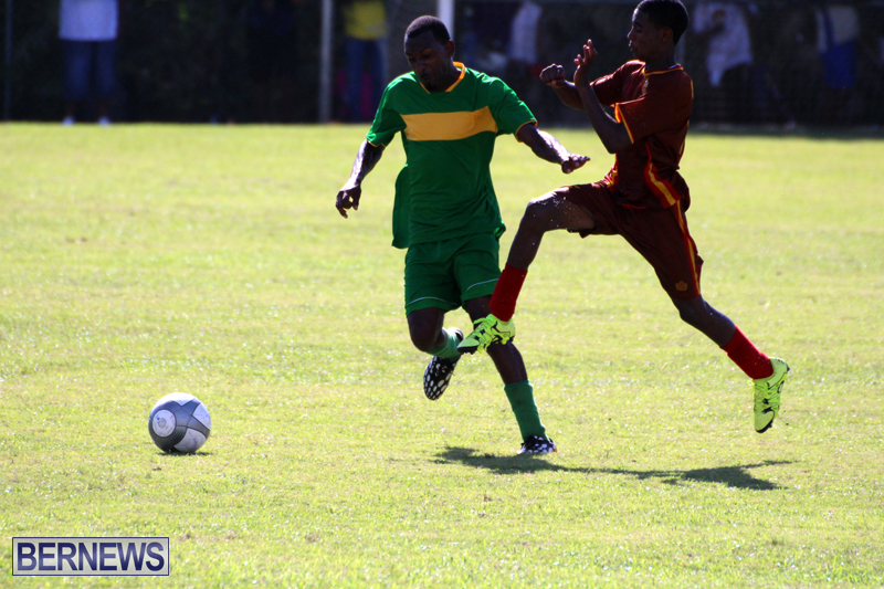 Dudley-Eve-football-Bermuda-September-2015-6